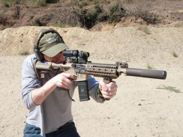 preview LaRue Assault Rifle