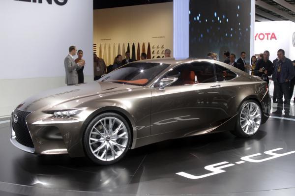 preview Lexus LF-CC