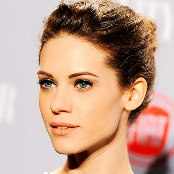 preview Lyndsy Fonseca