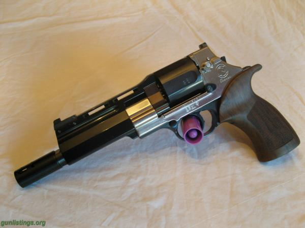 preview Mateba Unica Revolver