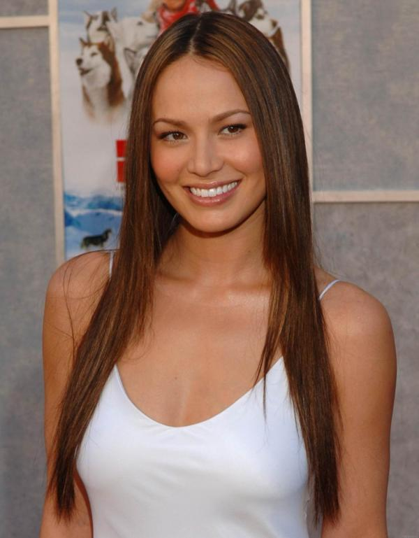 preview Moon Bloodgood