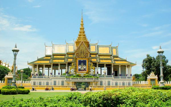 preview Royal Palace, Phnom Penh
