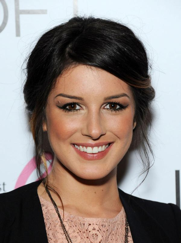 preview Shenae Grimes