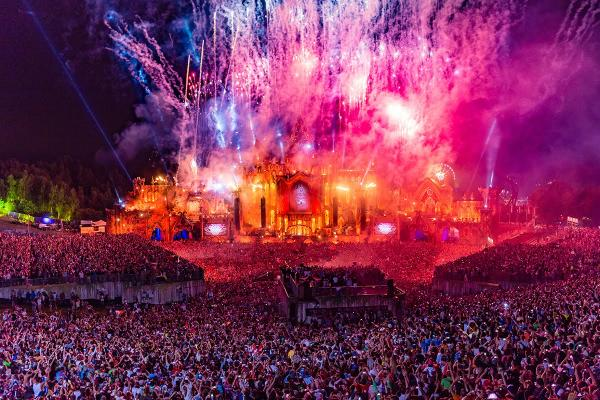preview Tomorrowland