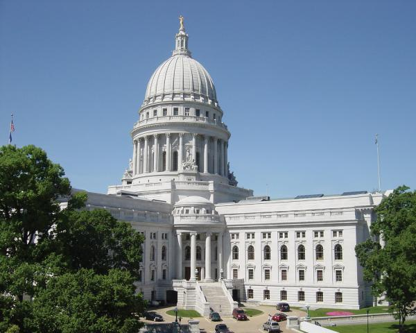 preview Wisconsin State Capitol
